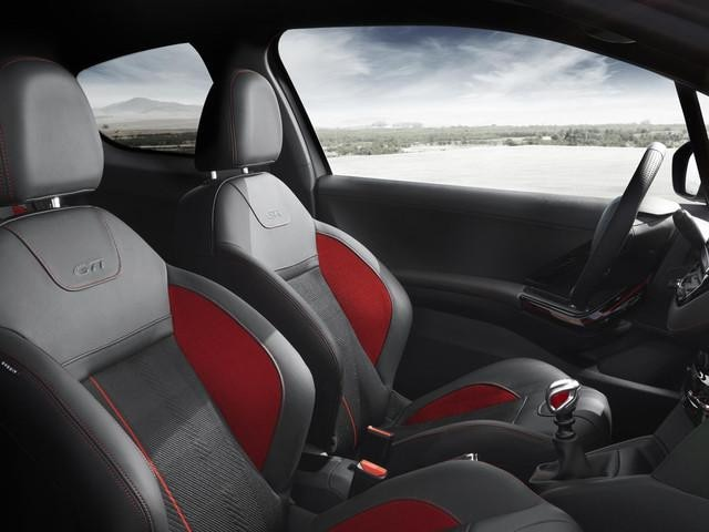 PEUGEOT 208 GTi sports seats