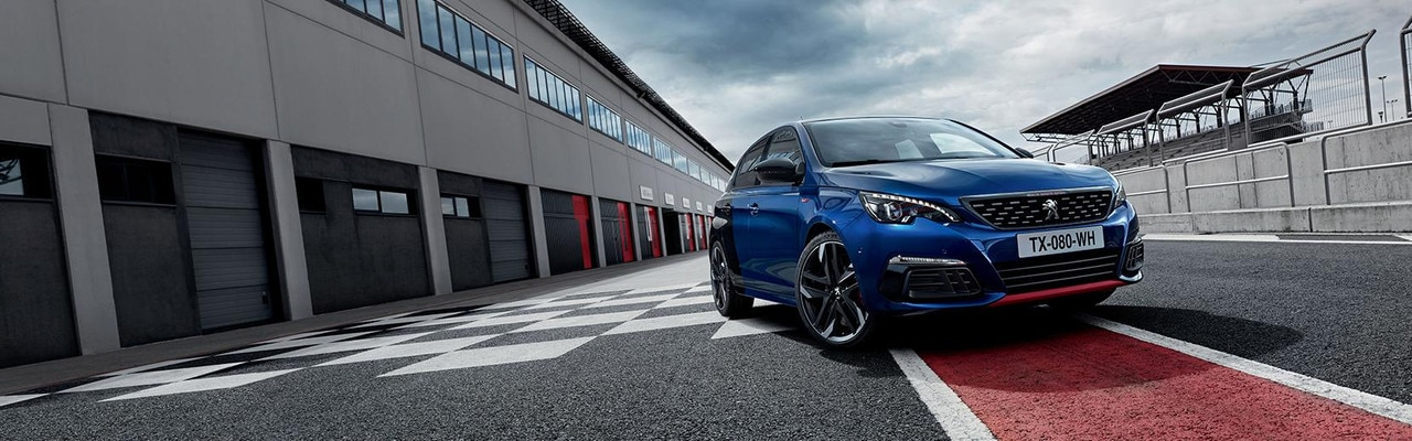 New PEUGEOT 308 GTi by PEUGEOT SPORT blue/black static Coupe Franche