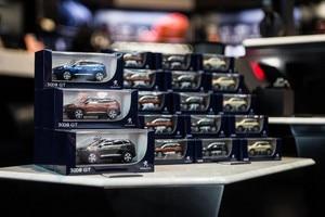 /image/52/2/boutique-miniatures.153758.244522.jpg