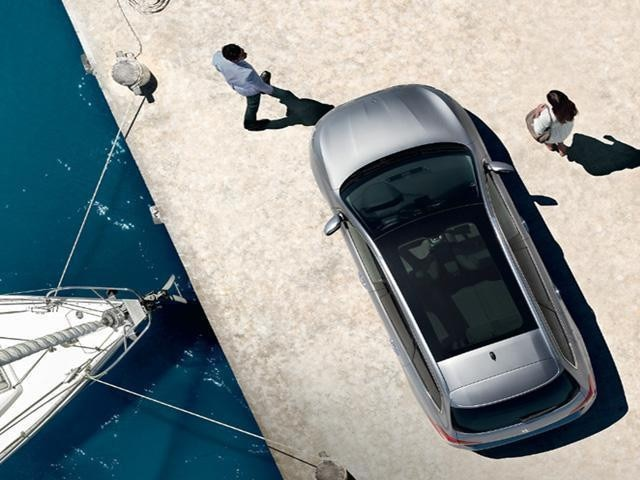 peugeot-308-panoramic-glass-roof