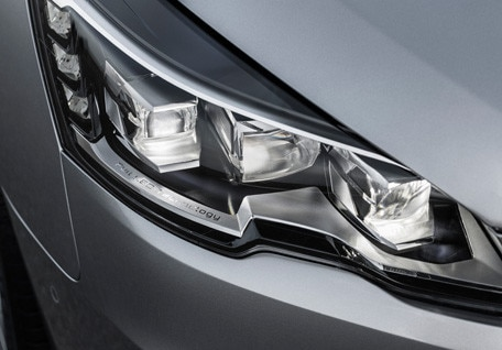 /image/61/0/adaptive-headlights.118610.jpg