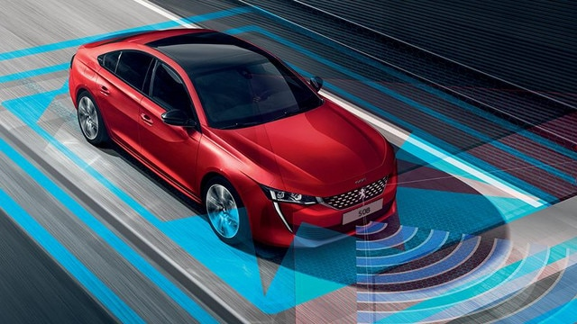 Peugeot 508 Fastback Automatic Driving Aids