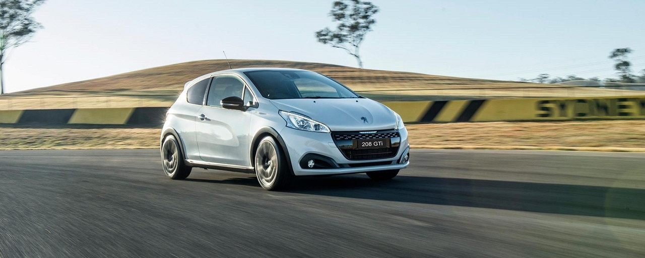 PEUGEOT 208 GTi Edition Definitive by PEUGEOT Sport