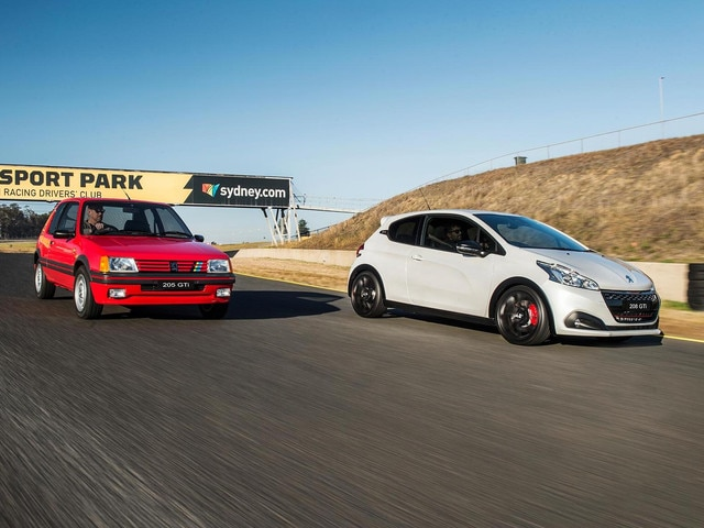 PEUGEOT 208 GTi Edition Definitive by PEUGEOT Sport Performance