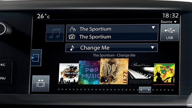 /image/68/0/peugeot_208_multi-function_colour_touch_screen.106680.jpg