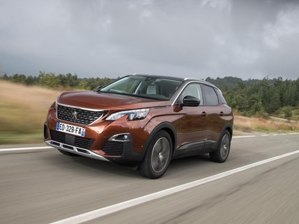 PEUGEOT 3008 SUV wins awards in the UK