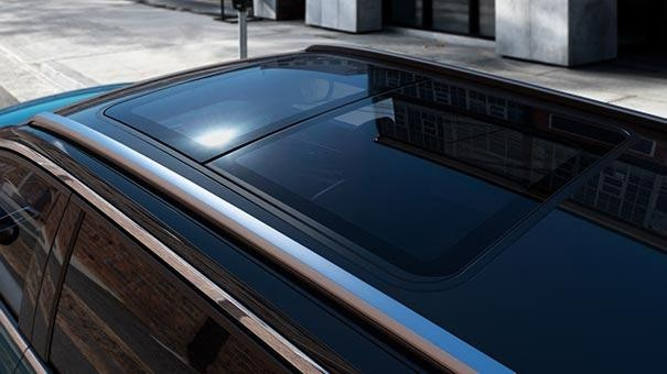 New large PEUGEOT 5008 SUV with 7 Seats Design | Panoramic Sunroof