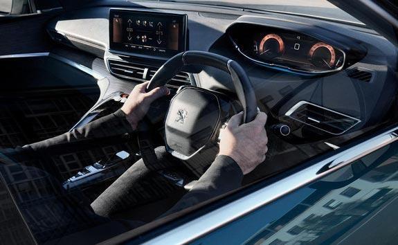 New Large PEUGEOT 5008 SUV | Interior Comfort