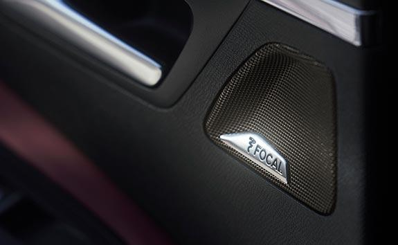 New Large PEUGEOT 5008 SUV with 7 Seats | FOCAL® Premium HiFi Sound System
