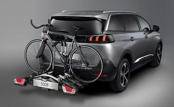 New Large PEUGEOT 5008 SUV with 7 Seats | Accessories