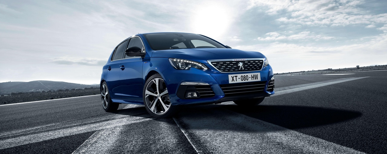 NEW PEUGEOT 308 GT – New front with grille and new dynamic bumper